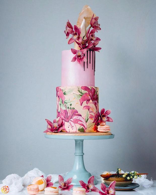 Торт scarlet Lily