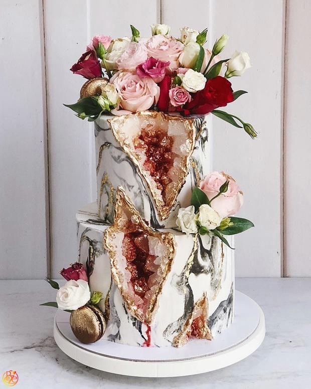 Торт свадебный Esmeralda