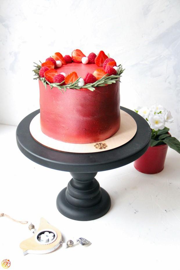 Торт Strawberry rosemary
