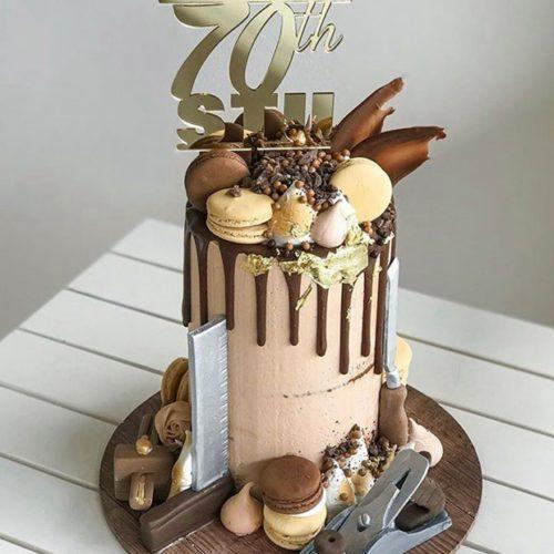 Торт на юбилей мужчине