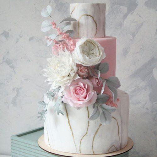 Трехъярусные свадебные торты