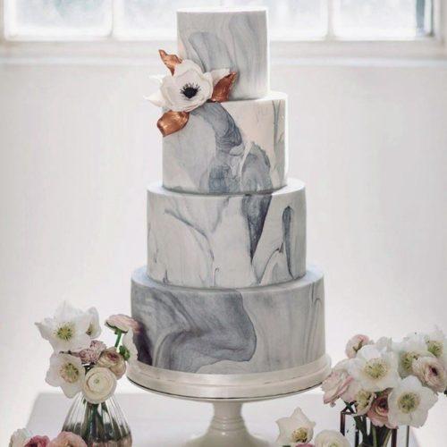 Четырехъярусные свадебные торты